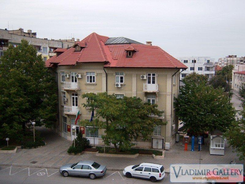 Сградата на Областна администрация