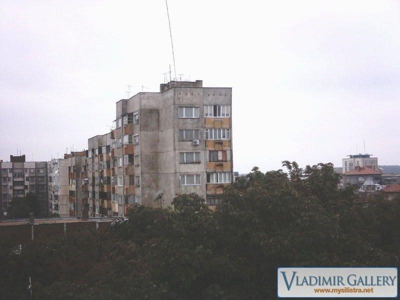 Блокове по бул. Македония
