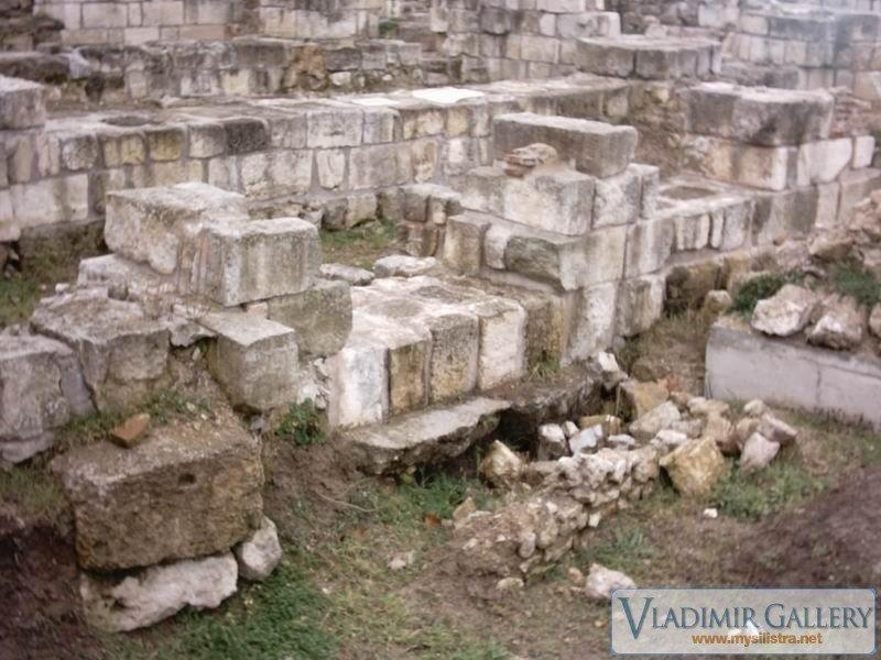 Разкопките край Дунавската градина