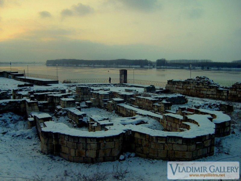 Северна крепостна стена