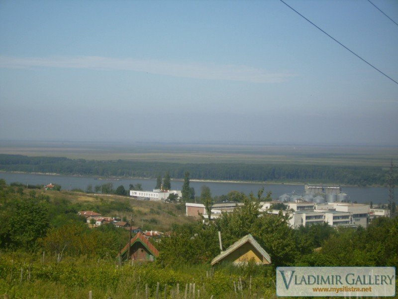 Част от западната промишлена зона на град Силистра