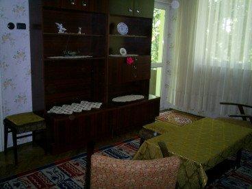 Изцяло реновиран двустаен апартамент в идеален център