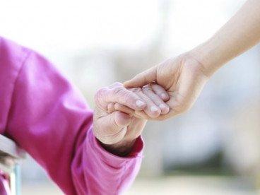 Компания и помощ за възрастни дами 2 - 3 часа дневно