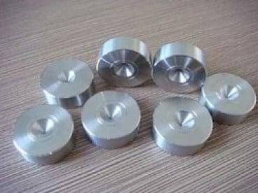 Инструментална екипировка за изтегляне на метални изделия
